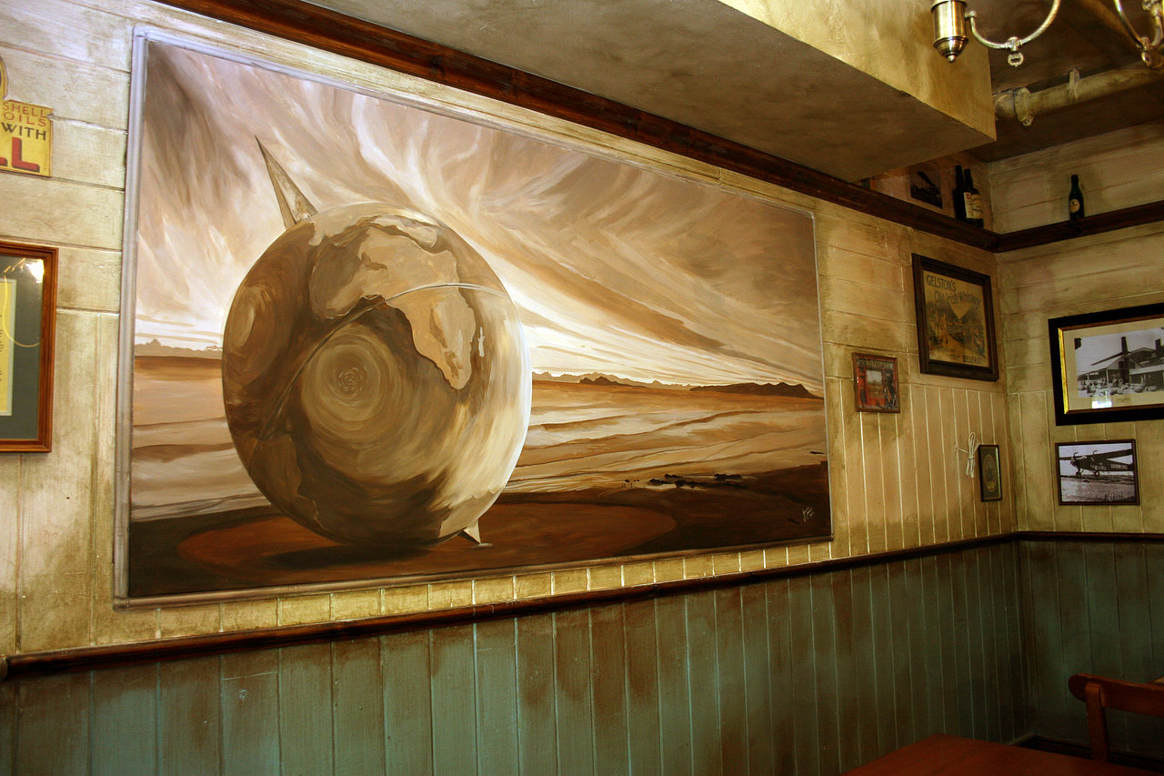 Ole Irish Pub mural. California