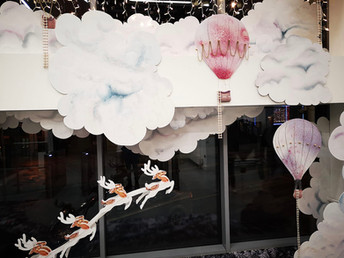 Google HQ, Dublin, 2018 snow cloud scene window display
