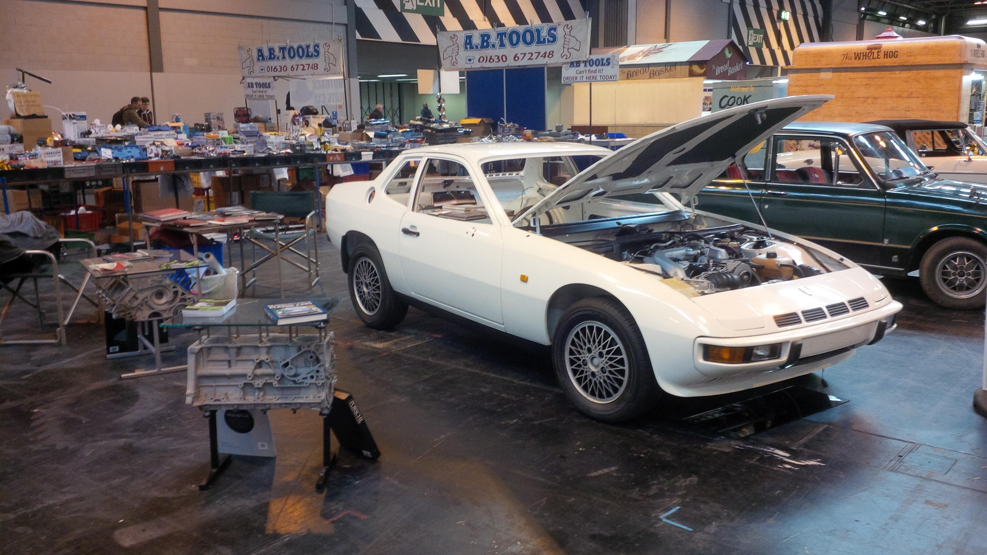 924 Turbo (Nut & Bolt) Restoration