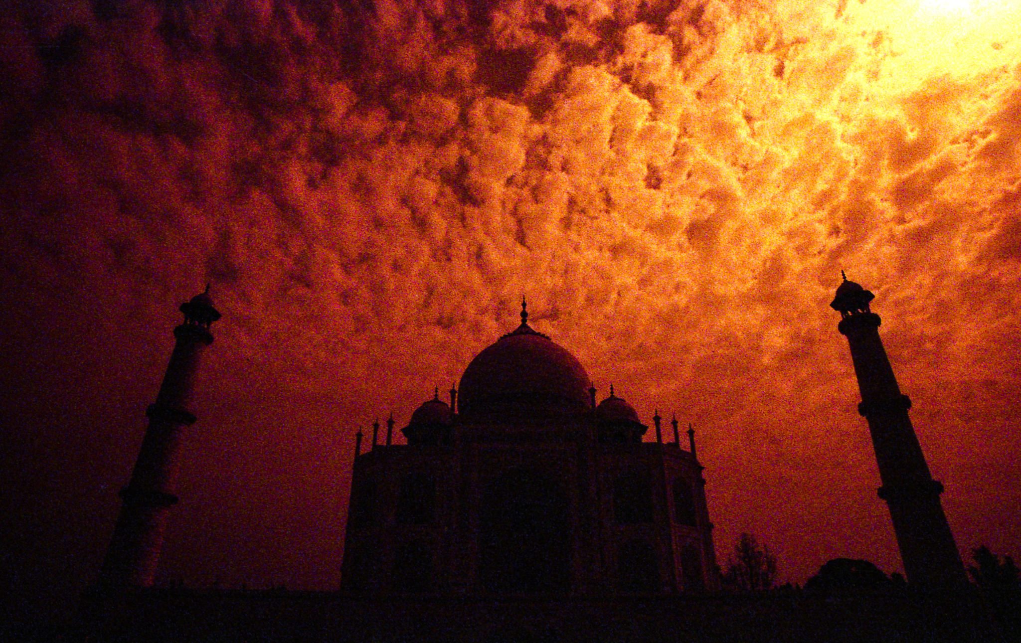Dark Taj