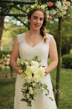 Bouquet, hair piece & backdrop