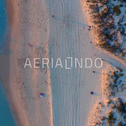• South Trig Beach Western Australia • 4K Log Available