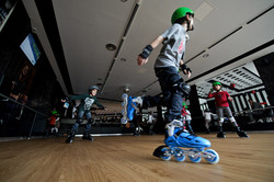 Royal Bowling roller skate 2
