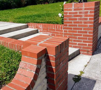 Bricks & Morton