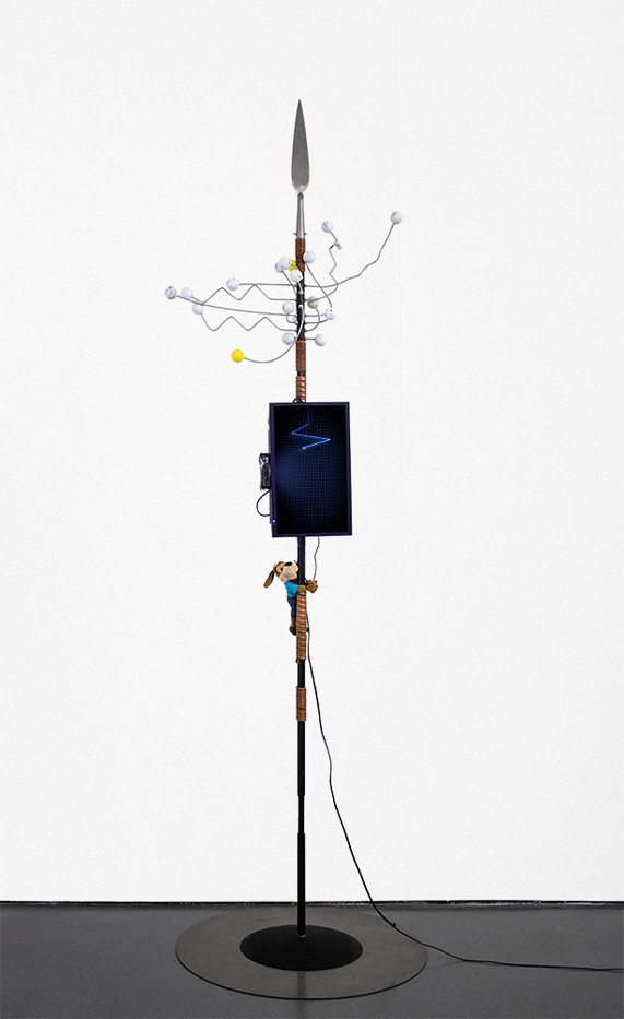 Masimba Hwati   Sokunge 3   2019   Steel Pipe, Brass, TV Monitor with Visual Playback, and Found Objects   288 x 85 x 85 cm