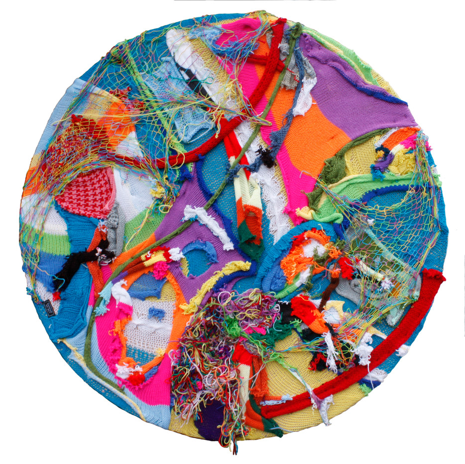 Barend de Wet | Maximalist Circle Knitting I | 2012 | 100% Acrylic Wool and Paint on Board | 122 cm Diameter