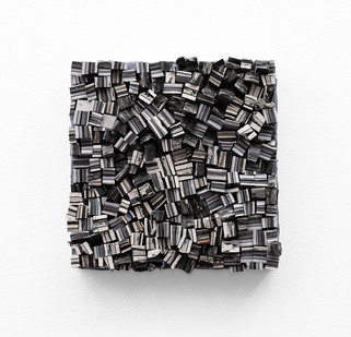 Gabrielle Kruger | Paint Bricks | 2020 | Acrylic on Board | 25.5 x 25.5 cm