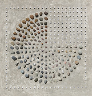 Willem Boshoff   Druid's Keyboard II   2013   Dice, Pebbles and Sand   150 x 163 cm