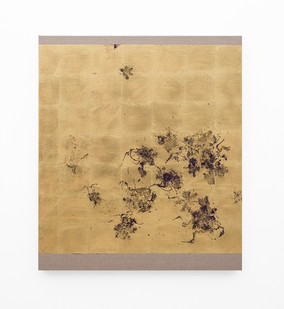 Pierre Vermeulen | Hair orchid sweat print, violet layer | 2018 | Gold Leaf Imitate, Sweat and Acrylic on Belgian Linen | 105.5 x 90 cm