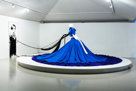 Mary Sibande | Conversation with Madam CJ Walker | 2009 | Fibreglass, Resin, Fabric and Steel | Dimensions Variable