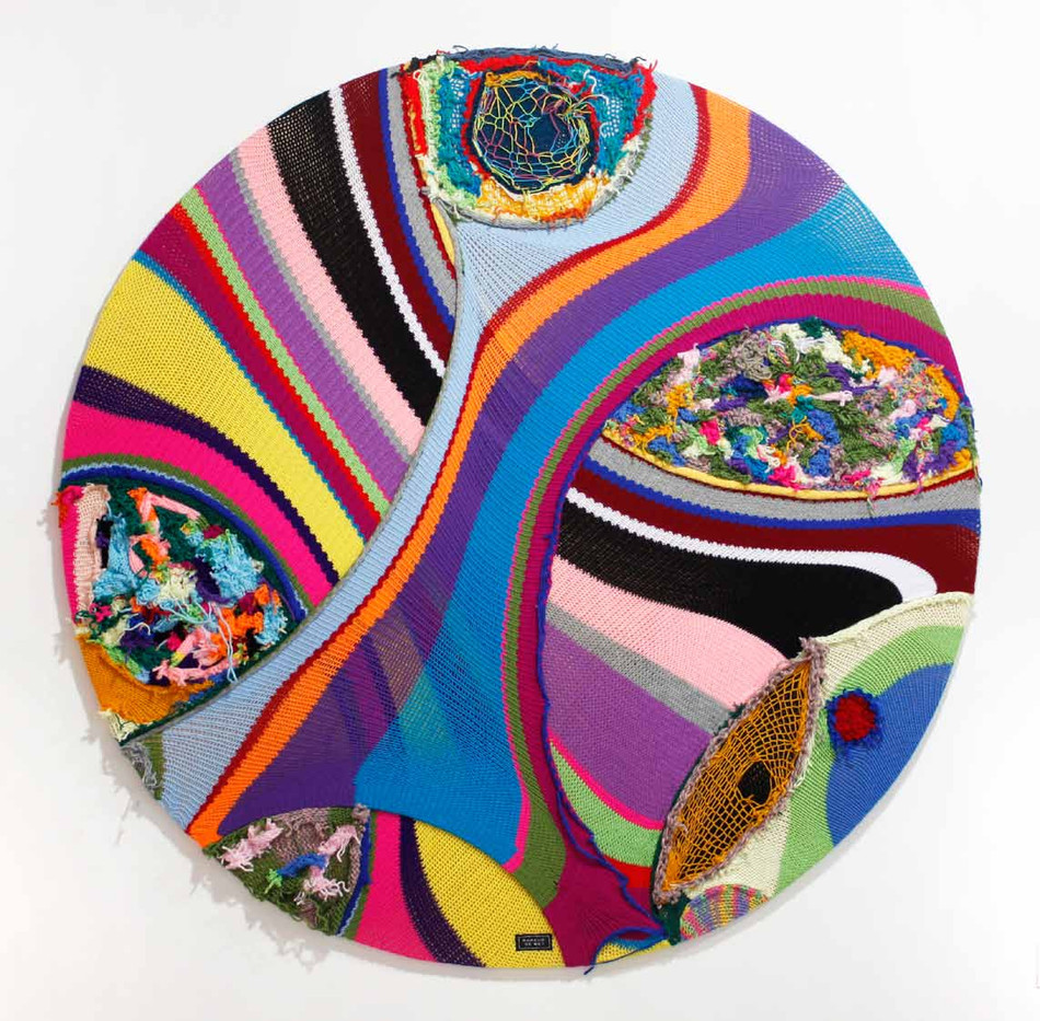 Barend de Wet | Maximalist Circle Knitting II | 2012 | 100% Acrylic Wool and Paint on Board | 122 cm Diameter
