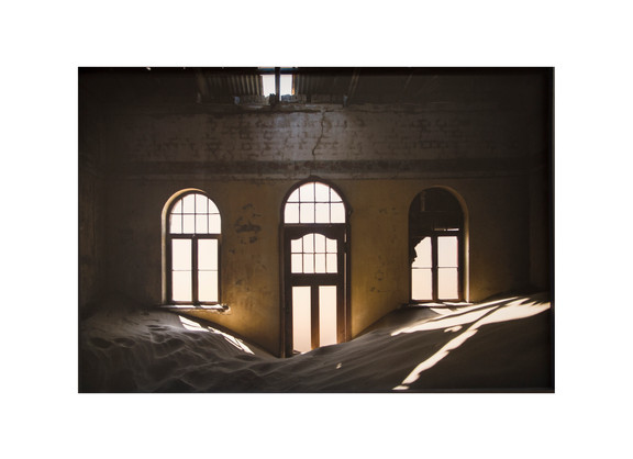 Giovanni Ozzola | Sand, Light and Warmth | 2015 | Gicleé Print on Epson Hot Press Natural Paper | 150 x 216 cm | Edition of 2