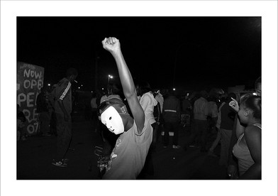 Musa N Nxumalo   Untitled (12) - In/Glorious Series   2015   Giclée Print on Hahnemühle Photo Rag   59.5 x 87 cm   Edition of 6 + 2 AP