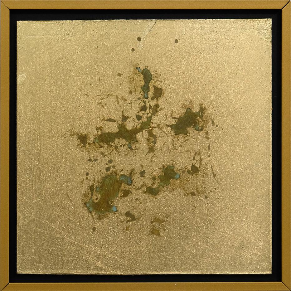 Pierre Vermeulen | 1|1 Hair Orchid Print nr. 3 | 2017 | Gold Leaf Imitate on Aluminium, Sweat | 14.3 x 14.3 cm