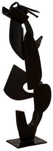 John Skotnes | Abstract Figure II | n.d. | Steel | 77 x 75 x 27 cm