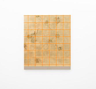 Pierre Vermeulen | Hair orchid sweat print, orange grid | 2018 | Sweat, Gold Leaf Imitate, Shellac and Acrylic on Belgian Linen | 105 x 90 cm