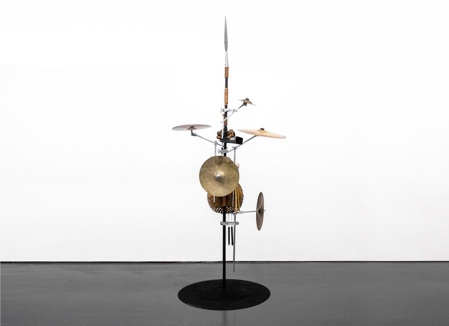 Masimba Hwati | Sokunge 4 | 2019 | Steel Pipe, Brass and Found Objects | 257 x 106 x 85 cm