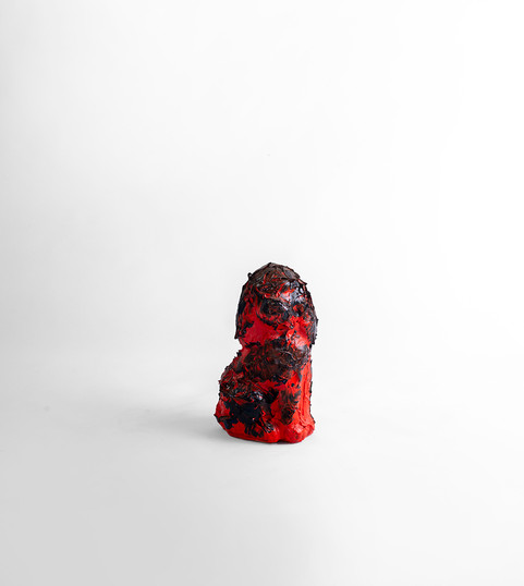 Georgina Gratrix | Red dog | 2020 | Oil on Ceramic | 17 x 10 x 7.5 cm
