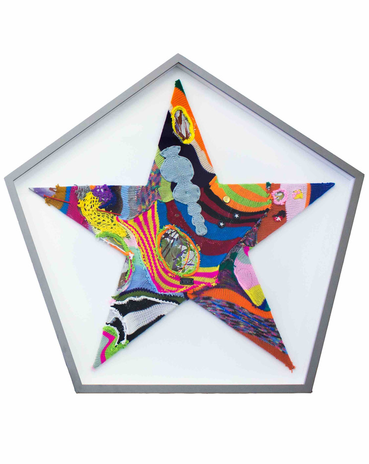 Barend De Wet | International Star IV | 2015 | 100% Acrylic Knitting and Paint on Board | 101 x 114.5 cm