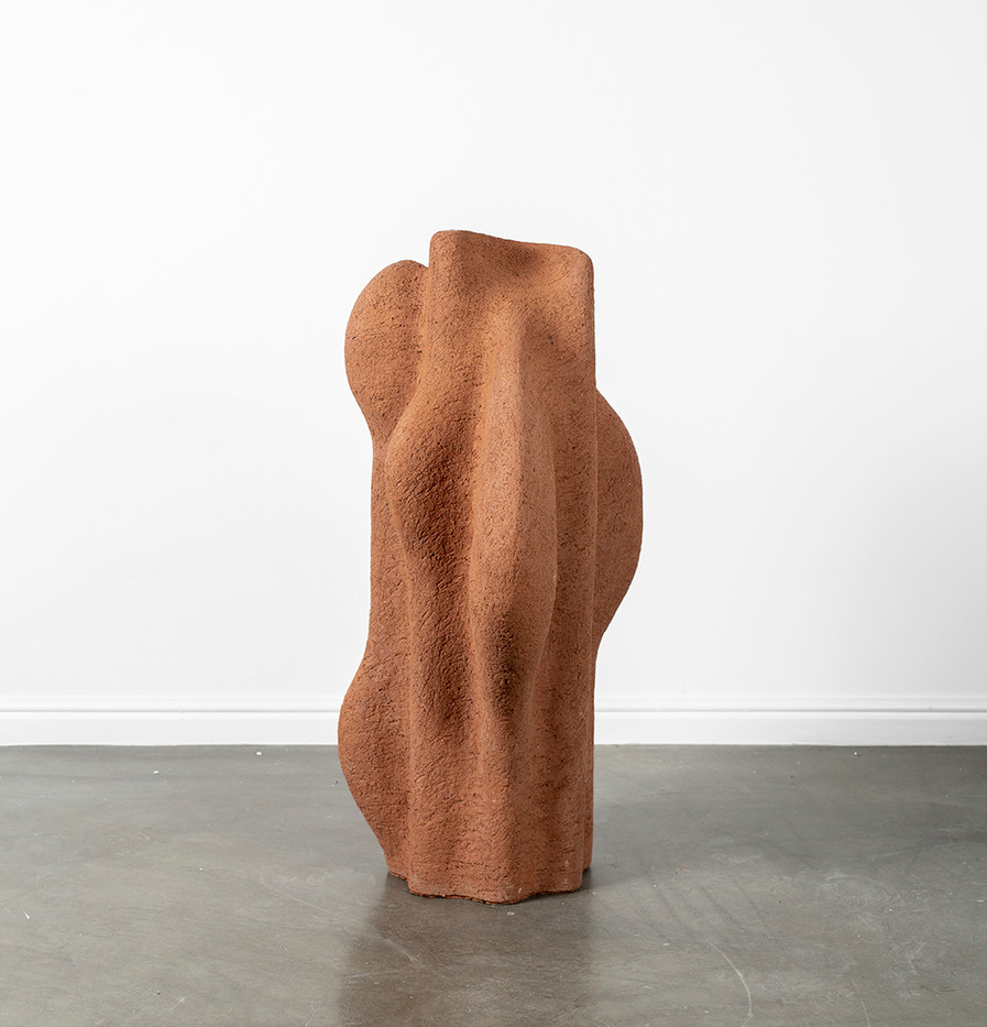 Martine Jackson   Liminal Dance II   2020   Terracotta Clay   78 x 38 x 40 cm