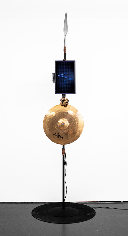 Masimba Hwati   Sokunge 5   2019   Steel Pipe, TV Monitor with Visual Playback, and Found Objects   272 x 85 x 85 cm