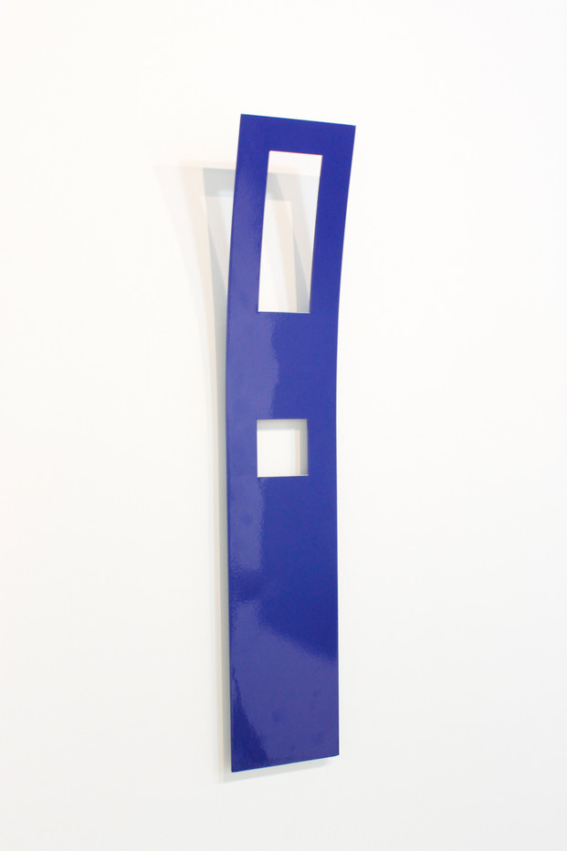 Helen A Pritchard   Untitled - Carrier 35 (Side View)   2013   Steel and Enamel Paint   68 x 13 cm