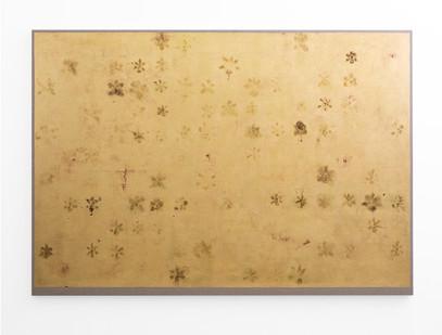 Pierre Vermeulen | 69, 176 orchid sweat print on magenta | 2018 | Gold Leaf Imitate, Sweat & Acrylic on Belgian Linen | 156 x 216 cm