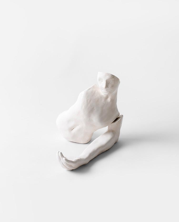 Colijn Strydom   A history of a breath   2020   Glazed Ceramic Stoneware   Dimension Variable
