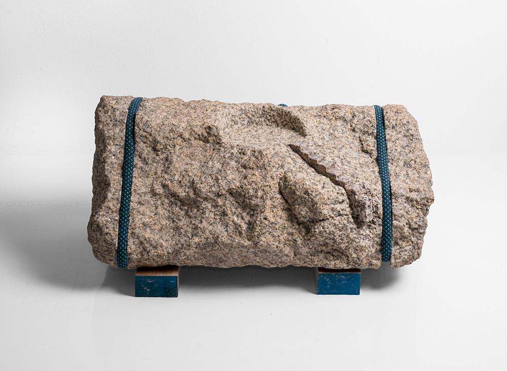 Daniella Mooney | Find a Space / Create a Centre | 2018 | Granite, Retired Climbing Rope | 24 x 46 x 22 cm