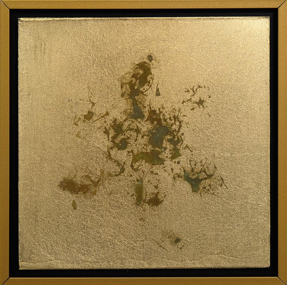 Pierre Vermeulen | 1|1 Hair Orchid Print nr. 1 | 2017 | Gold Leaf Imitate on Aluminium, Sweat | 14.3 x 14.3 cm