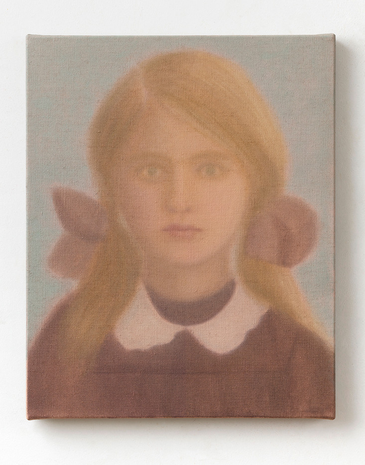 Chechu Álava | School Girl | 2020 | Oil on Canvas | 41 x 33 cm