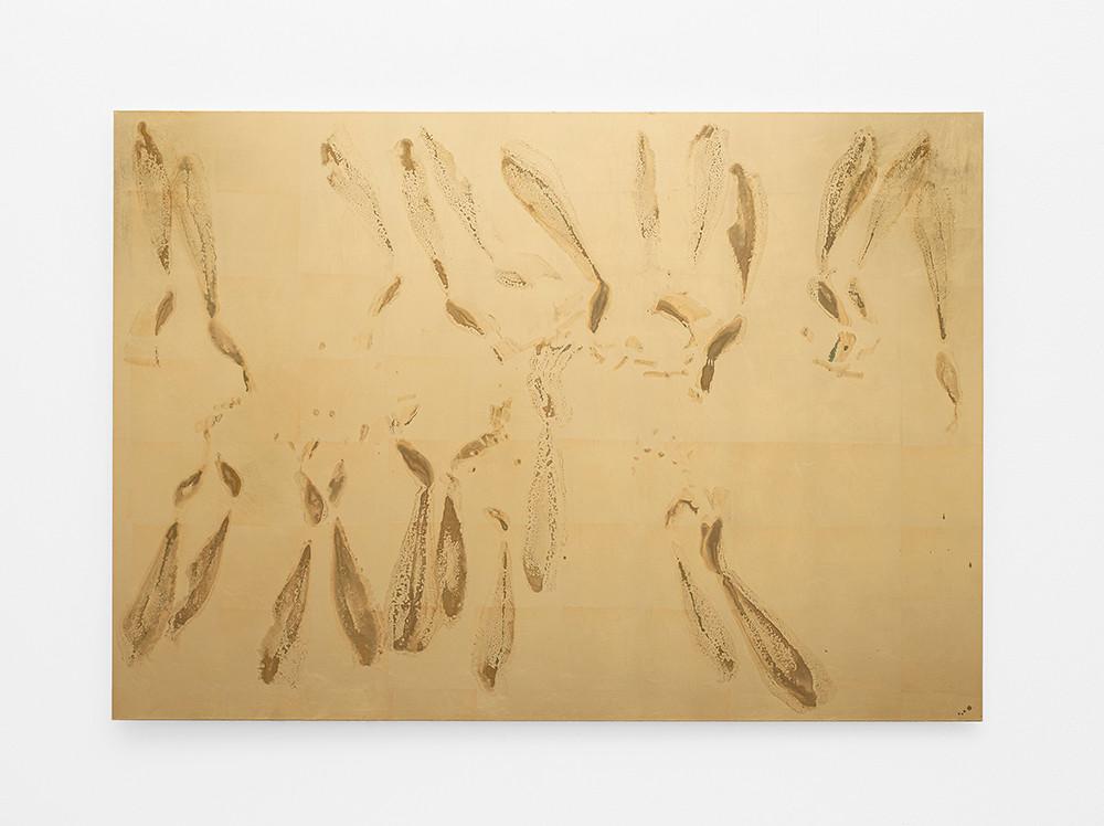Pierre Vermeulen | Sweat Print nr 23 | 2020 | Gold Leaf Imitate, Shellac and Sweat on Dibond | 100 x 142 cm