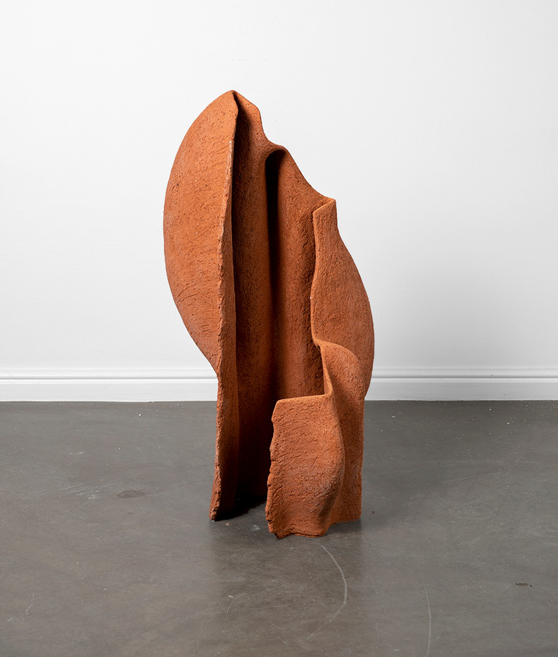 Martine Jackson   Liminal Dance III   2020   Terracotta Clay   73 x 41 x 36 cm