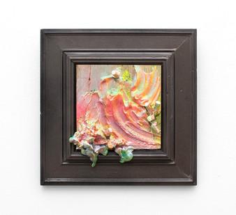 Miranda Moss | Poubelle Blanc | 2016 | Plaster, Cigarette Butts, Spray Paint, Acrylic and Glitter on Board | 27 x 27 cm