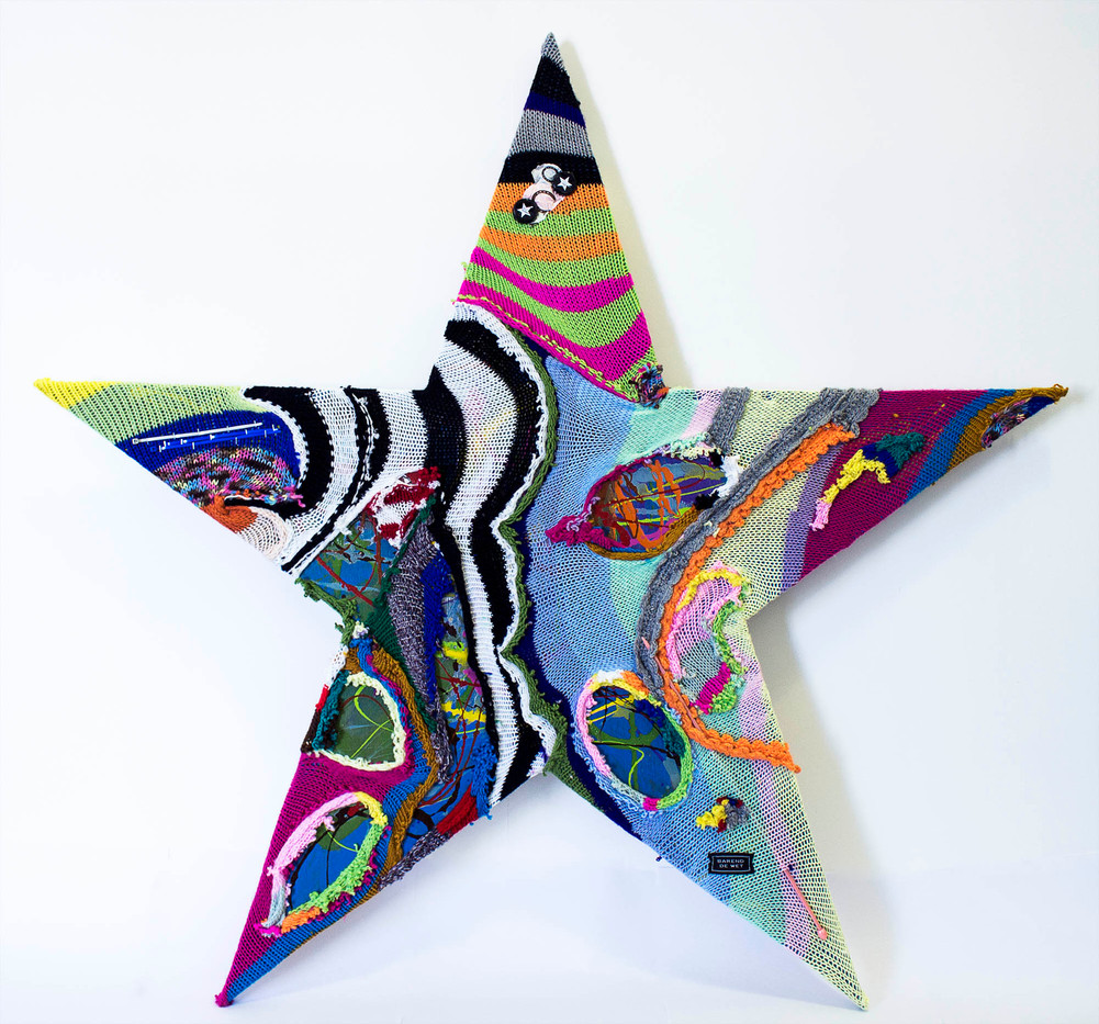 Barend De Wet | International Star II | 2015 | 100% Acrylic Knitting and Paint on Board | 101 x 114.5 cm
