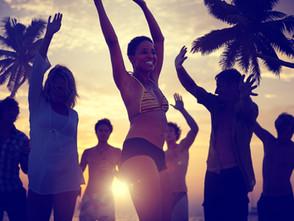 Schlank aus dem Urlaub zurück – die besten Tipps für gesundes Reisen