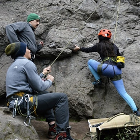 Tour Escalada y Rappel en el Cerro Manquehue