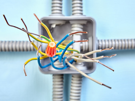 Electrical Mistakes That Homeowners Usually End Up Making