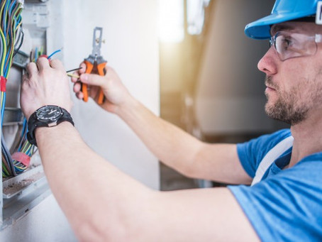 How to Find the Right Electrician for the Job