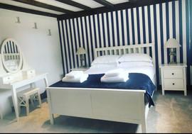 'The Hamptons', Room 4