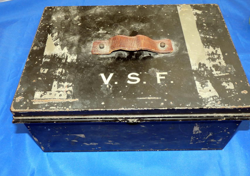 Violet Selina Fane's tying box sold at Mullock's containing a mixturte of Packets similar to the 'Kelson' lots