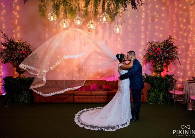 Casamento rosê e marsala