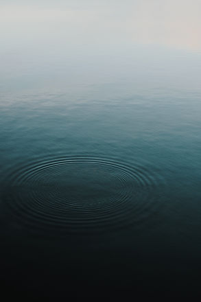 Circle shaped waves_edited.jpg