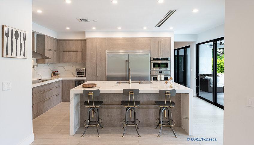 CASA FONSECA_kitchen.jpg
