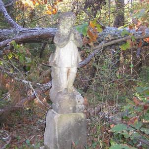 Zuber Cemetery statute (full view)