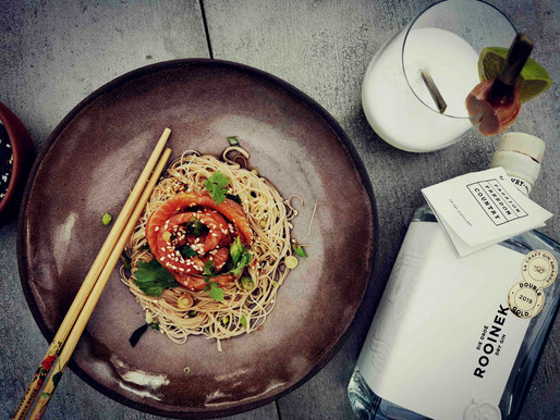 Zesty fresh salmon noodles paired with De Vry Distillery dry gin and lime cooler.