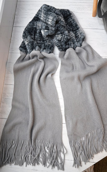 Rino & Pelle Light Grey Check Faux Fur Scarf