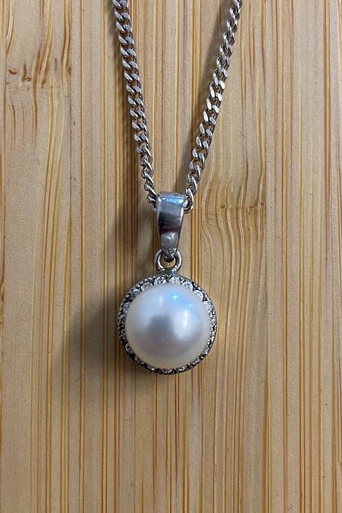 Cubic Zirconia Pearl Pendant
