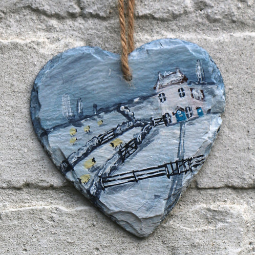 Foxden House Hand Painted Heart (10cm)