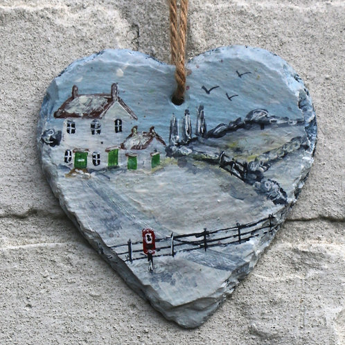 The Old Post House Hand Painted Heart (10cm)